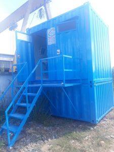 Container dùng làm toilet